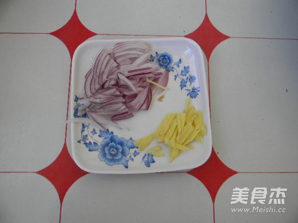 土豆丝炒芹菜的简单做法