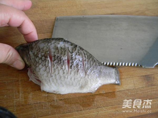 葱烤鲫鱼的做法图解