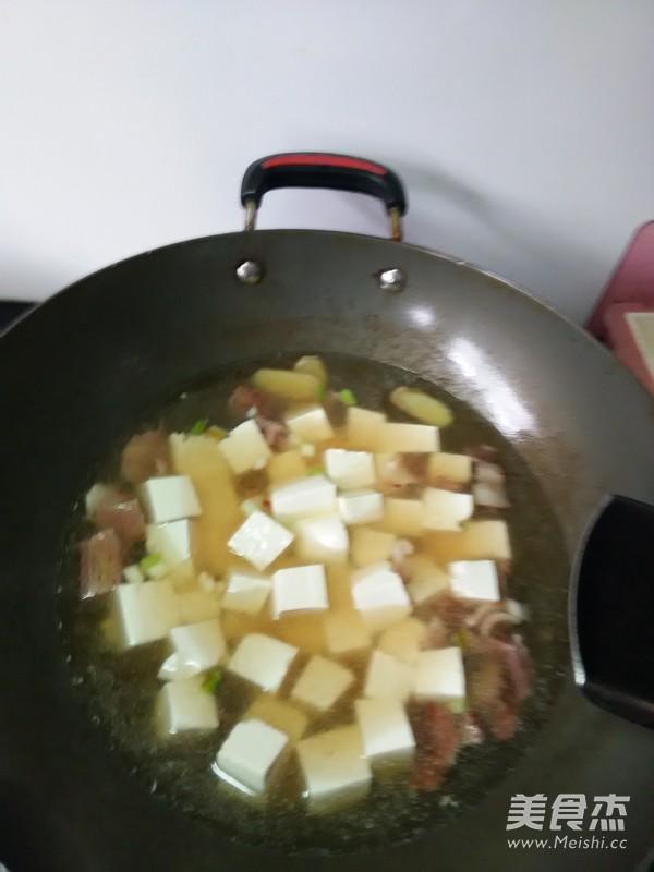 蛤蜊豆腐汤怎么吃