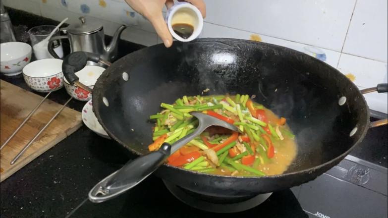 蒜苔炒肉怎么炒