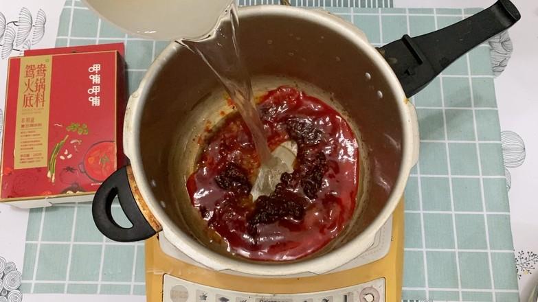 简单易上手的麻辣牛肉火锅的家常做法