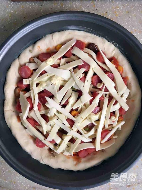 腊肠芝心披萨怎么煮
