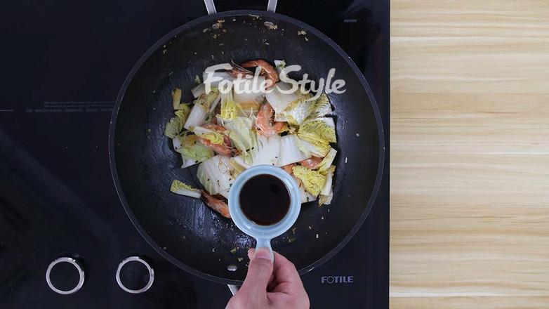 鲜虾炒白菜怎么炒
