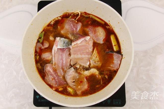 青花椒酸菜鱼怎么炒