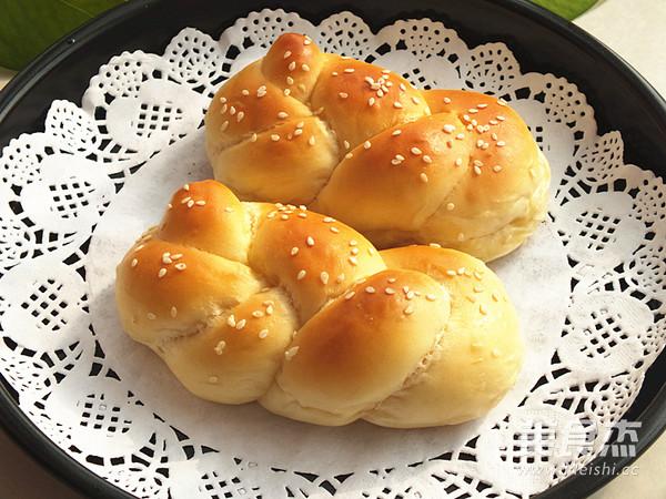 一股辫子面包成品图