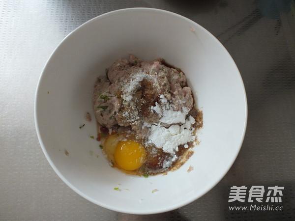 海鲜菇肉丸汤的简单做法