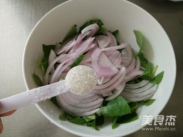 洋葱拌荆芥怎么做
