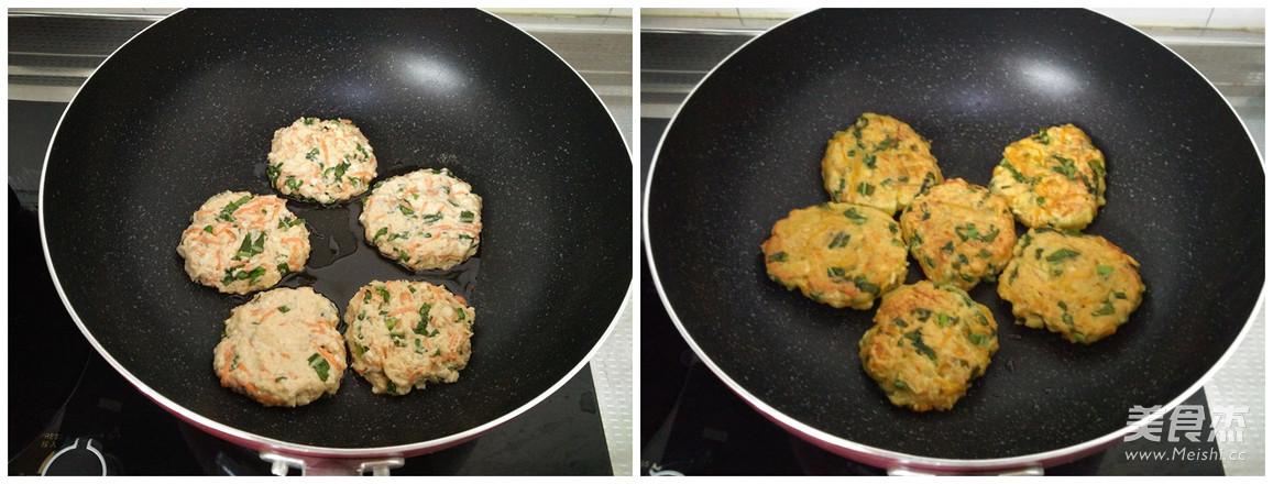 香煎豆腐胡萝卜蛋饼的简单做法