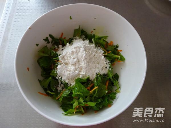 芹菜叶胡萝卜早餐饼的简单做法