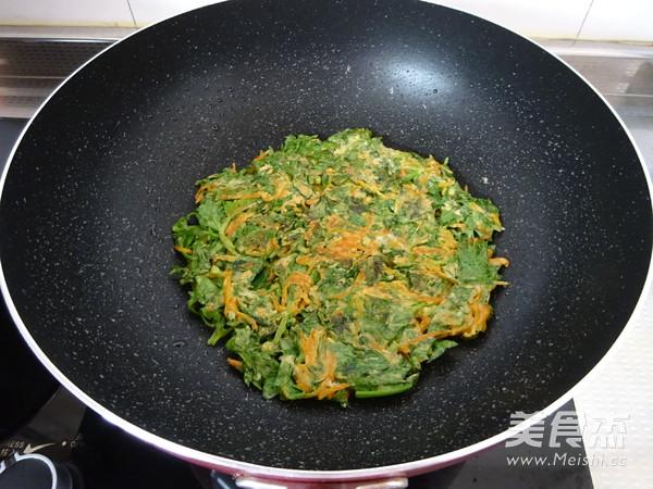 芹菜叶胡萝卜早餐饼怎么炒