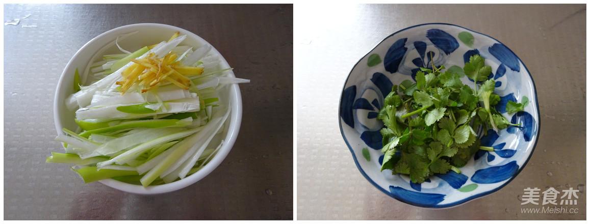 大葱拌豆腐干的家常做法
