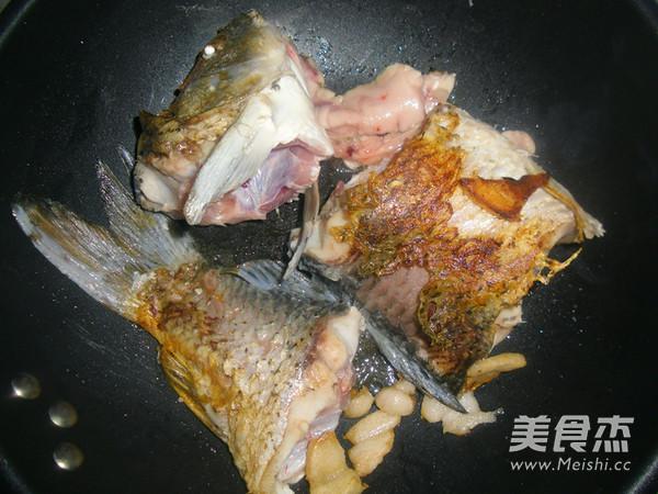 鲤鱼汤怎么做