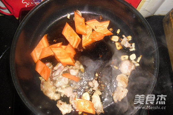 木耳炒肉怎么吃