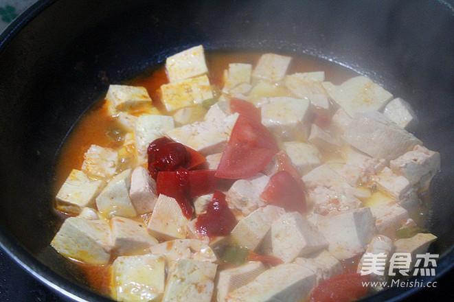 西红柿炖豆腐怎么炒