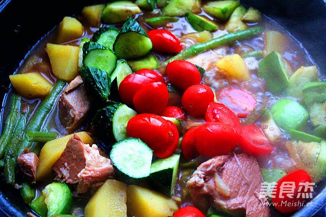 红烧肉炖杂蔬菜怎么煸