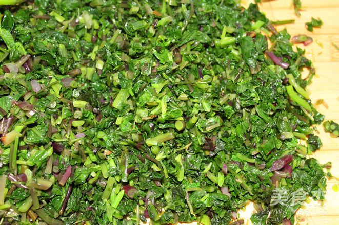 野菜飘香——大叶芹馅冰花水煎包怎么做