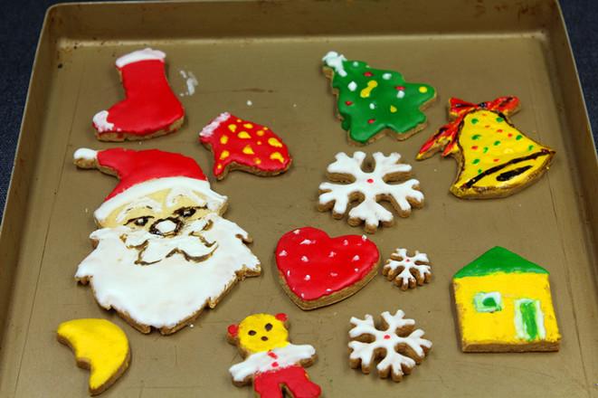 圣诞孩子最爱的糖霜饼干怎样煸