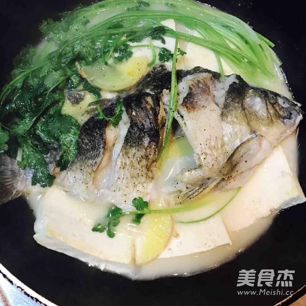 豆腐鲫鱼汤怎么吃