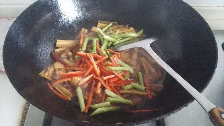 五花肉烧腐竹怎么煮