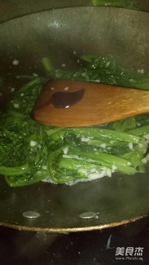 蒜蓉蚝油油麦菜怎么做