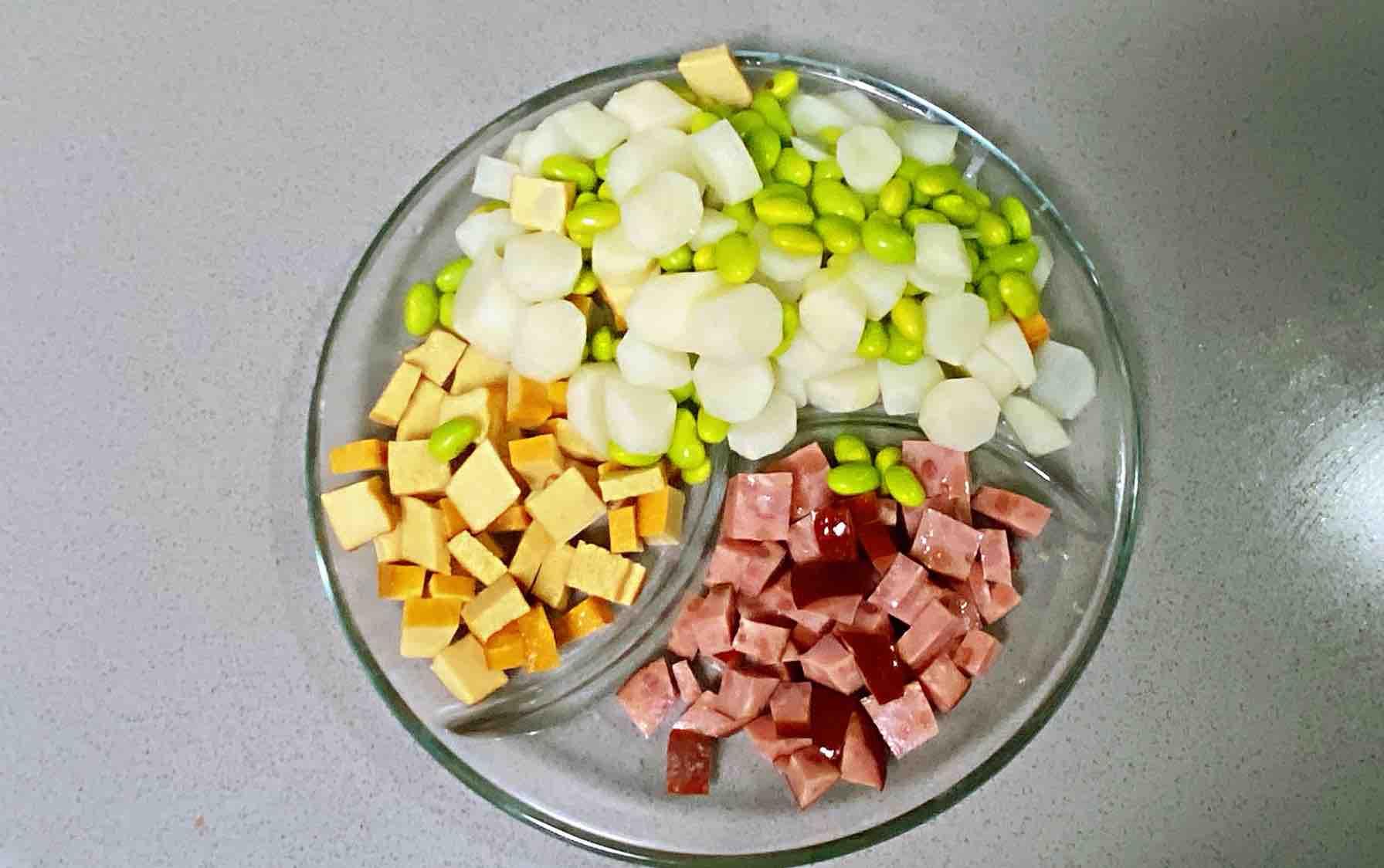 【孕妇食谱】火腿毛豆山药丁,营养丰富、色香味美~的简单做法