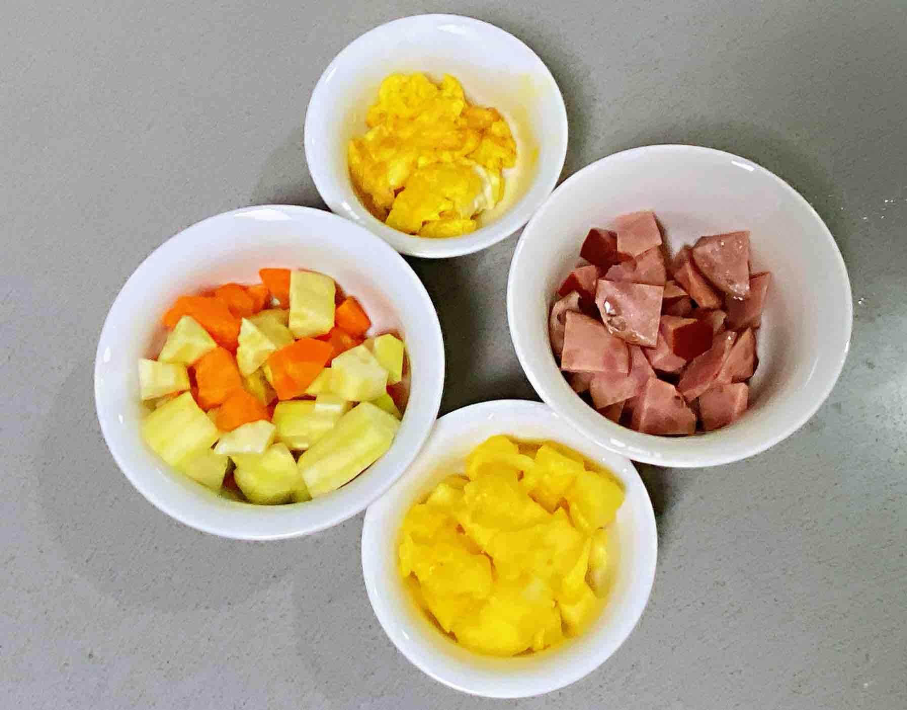 【孕妇食谱】五彩凤梨饭,色泽鲜艳,香甜可口又营养~的步骤