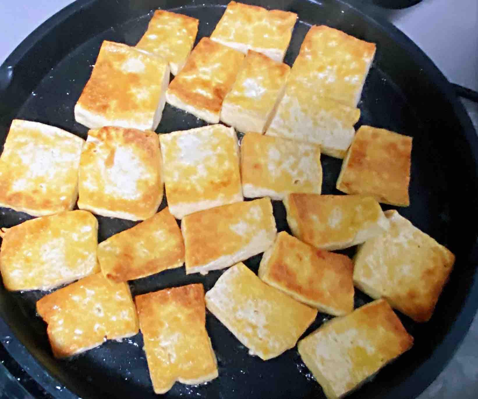 【孕妇食谱】鲍汁豆腐烧青蒜,鲜味浓郁,超级下饭~的做法图解
