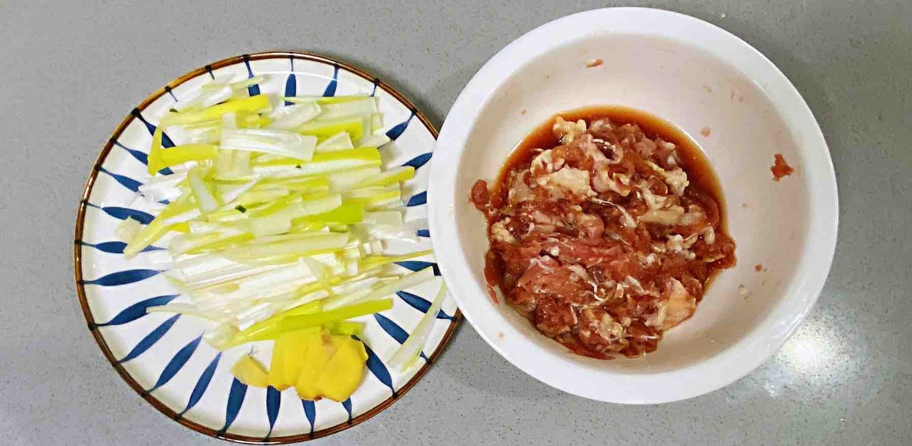 【孕妇食谱】葱爆羊肉,香而不膻,超级下饭~的简单做法