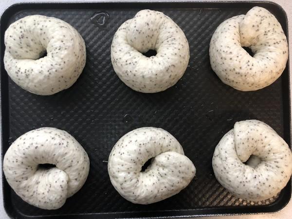 不用出膜却敲好吃的奇亚籽贝果面包的做法大全