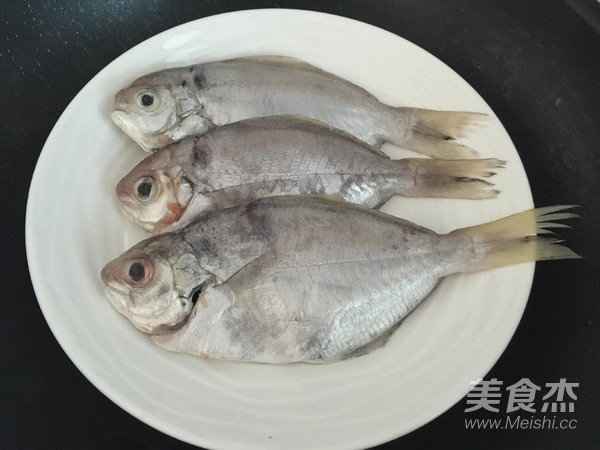鲜蒸武昌鱼的做法图解