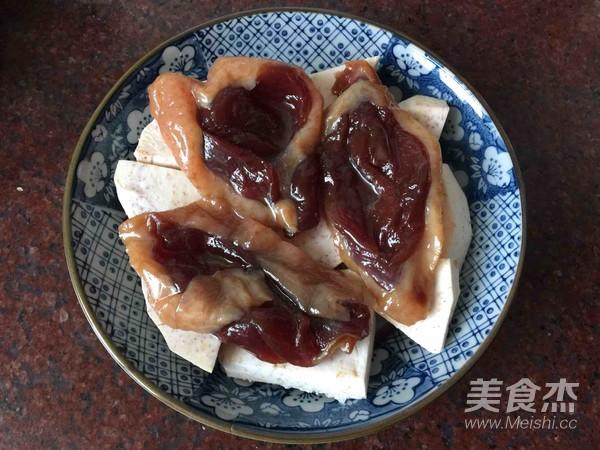 香芋蒸广式腊鸭的家常做法