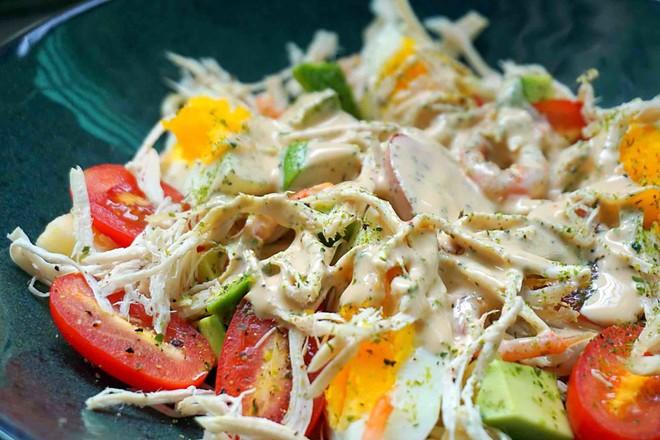 鸡丝果蔬沙拉丘比沙拉汁怎样煮