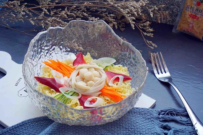 海鲜沙拉冷面丘比沙拉汁怎么做