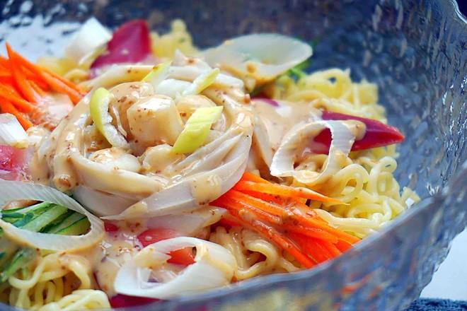海鲜沙拉冷面丘比沙拉汁怎样做