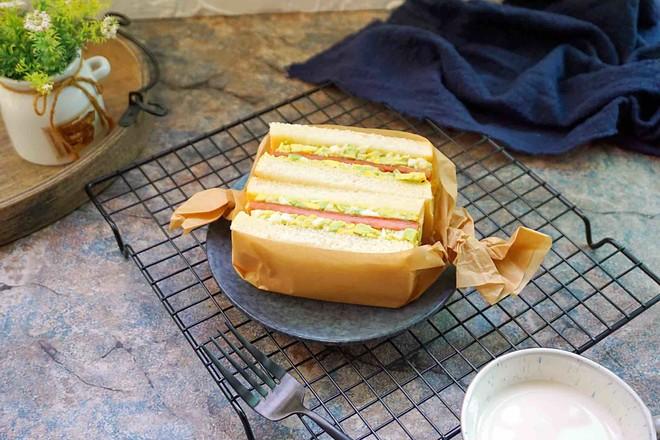 牛油果三明治的制作方法