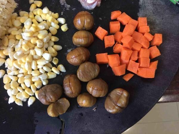 板栗咖喱鸡肉蒸饭的家常做法