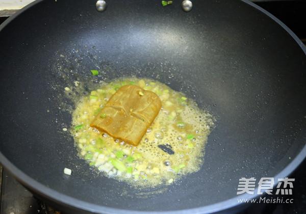 咖喱炒饭怎么炒