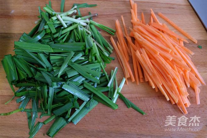 馓子炒绿豆芽的简单做法