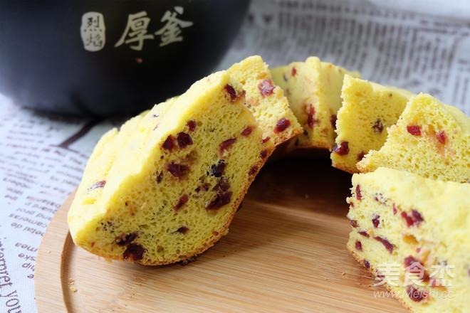 胡萝卜蔓樾莓戚风蛋糕(电饭煲版)成品图