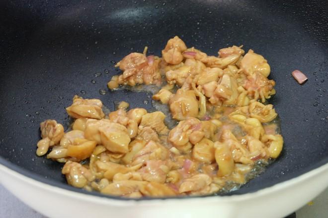 土豆烧鸡腿肉怎么煮