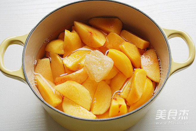 糖水黄桃的家常做法