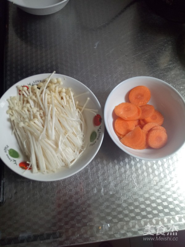 金针菇炒胡萝卜的做法图解