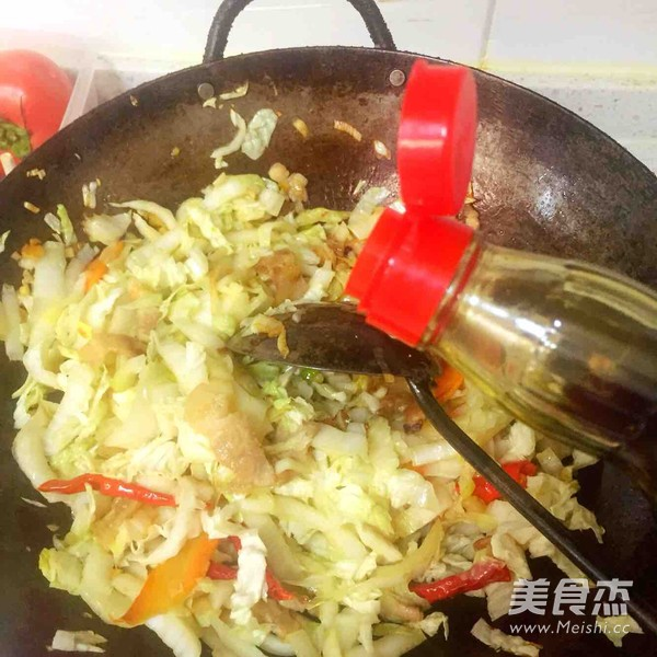 东北名菜--大白菜干豆腐五花肉怎么炒