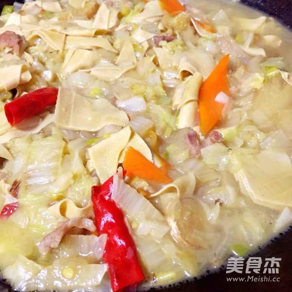 东北名菜--大白菜干豆腐五花肉怎么煸