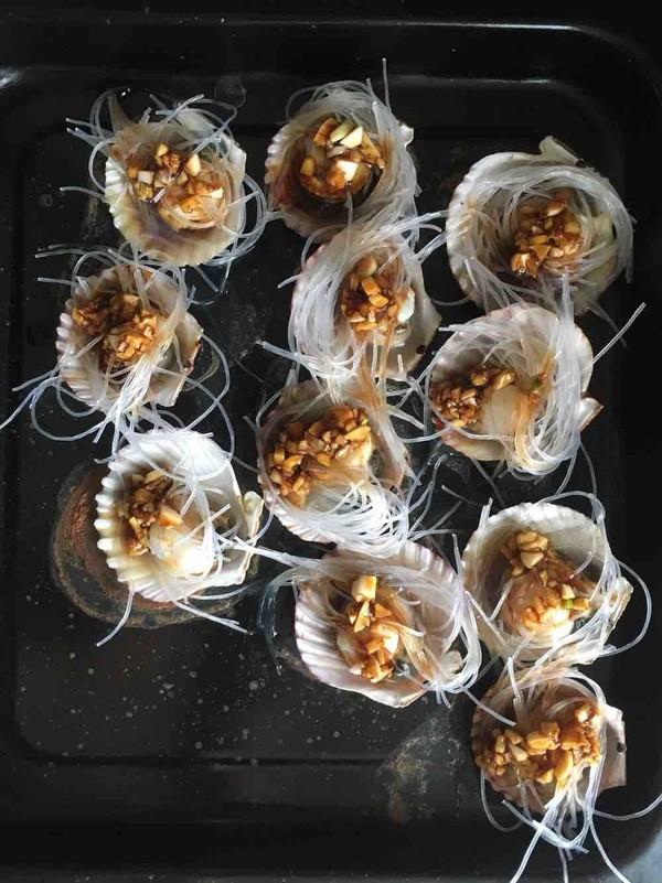 蒜蓉粉丝烤扇贝的简单做法