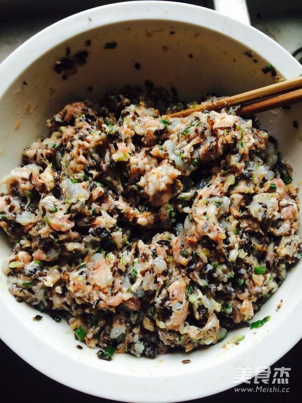 香菇虾仁猪肉陷饺子怎么做