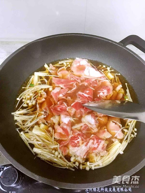 石锅牛肉拌饭怎么炒