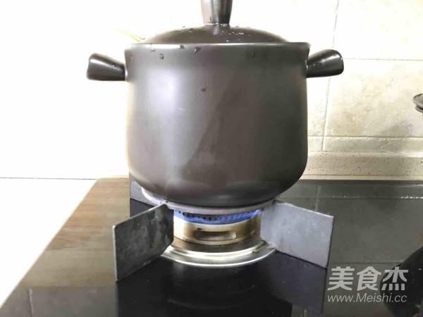 海鲜砂锅粥的家常做法