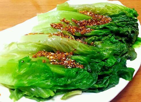 蒜蓉酱油白灼生菜怎么吃
