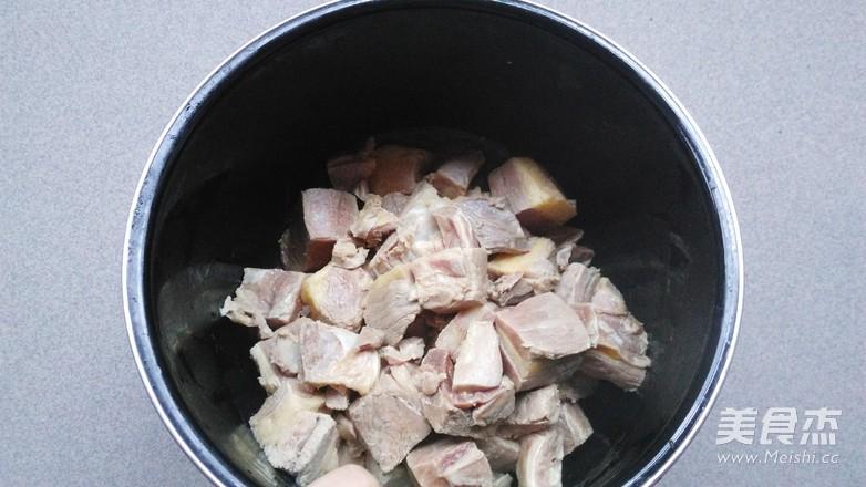 土豆牛腩煲的简单做法